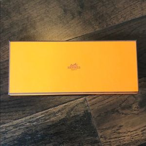 Hermès box authentic in perfect condition